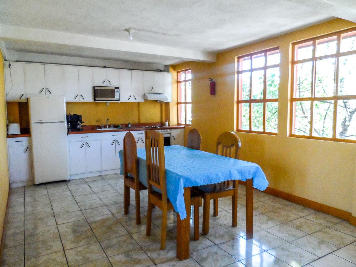 apartment-1-dining-room1-quetzaltenango