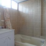 apartment-4-quetzaltenango-rent-bathroom