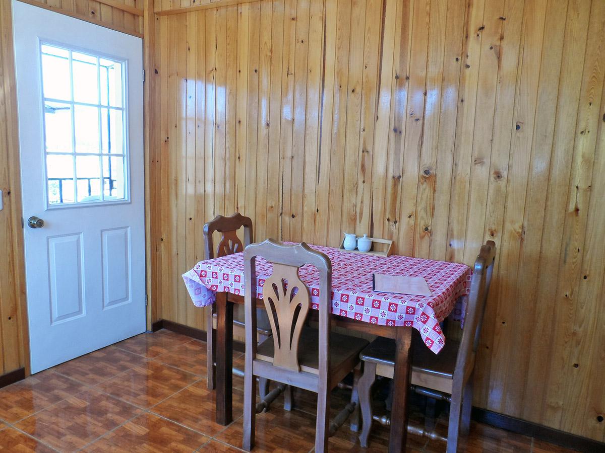 dining-room-rent-apartment-quetzaltenango-xela