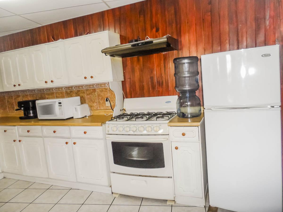 kitchen-rent-house-quetzaltenango