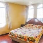 master-bedroom-rent-house-quetzaltenango