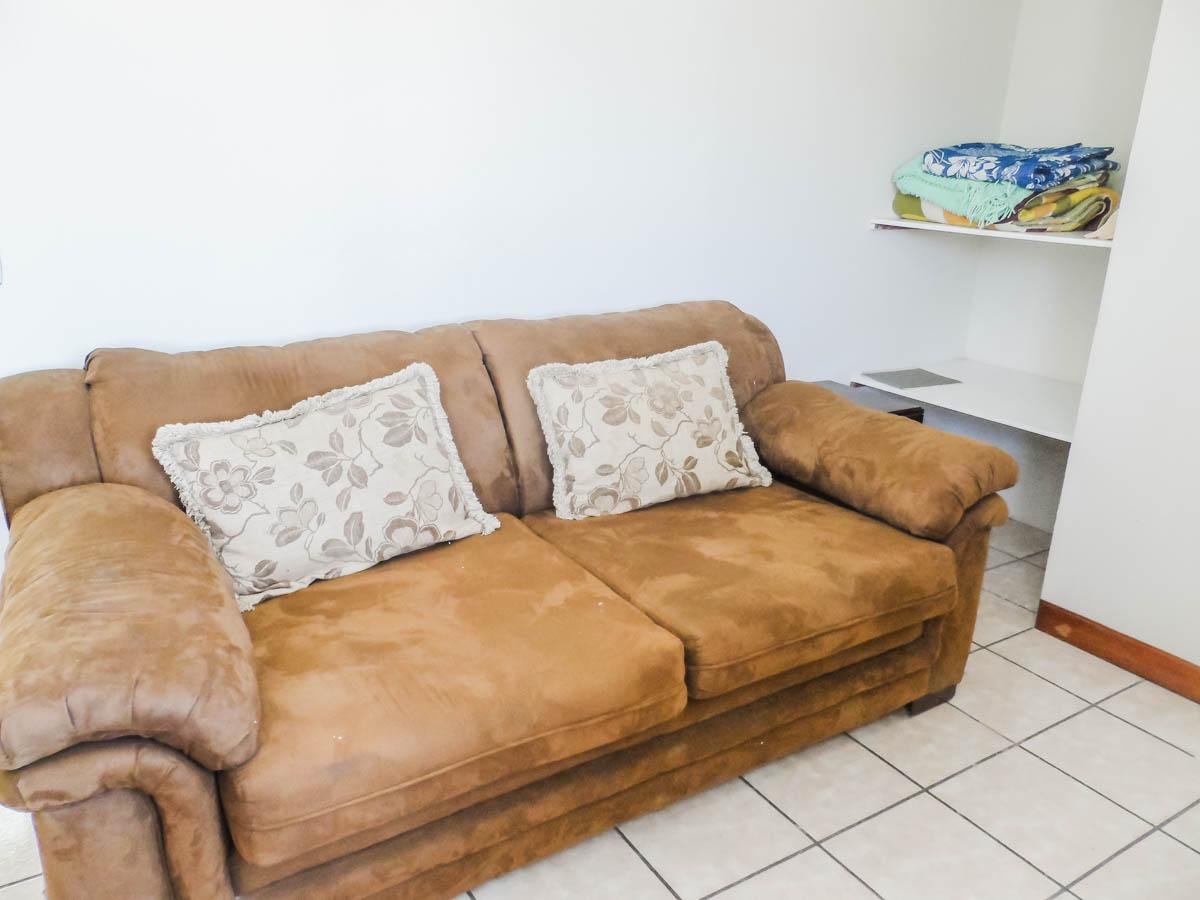 sofa-study-rent-apartment-quetzaltenango