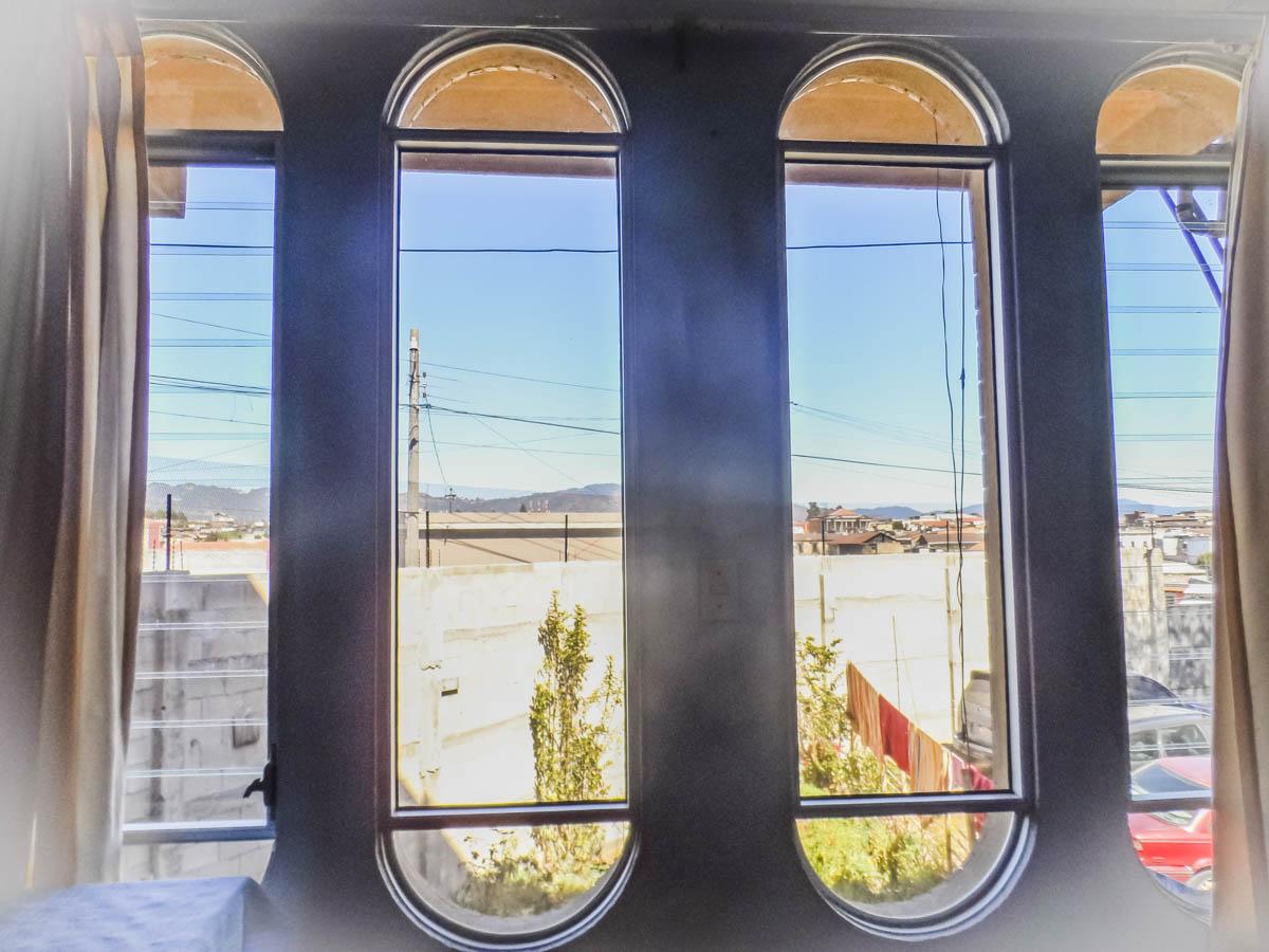 window-rent-house-quetzaltenango