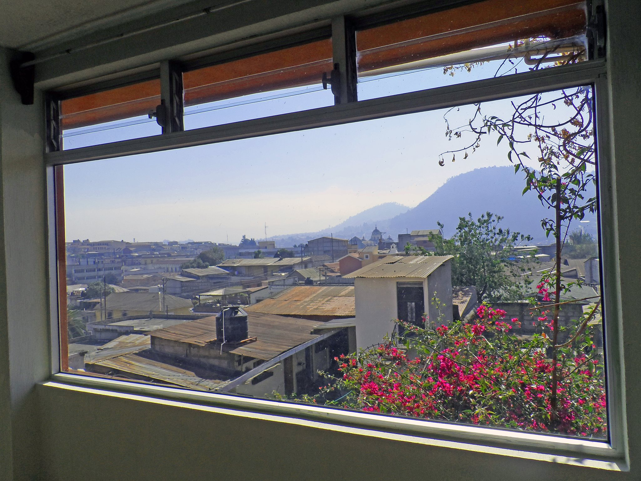 apartment-1A-window-quetzaltenango
